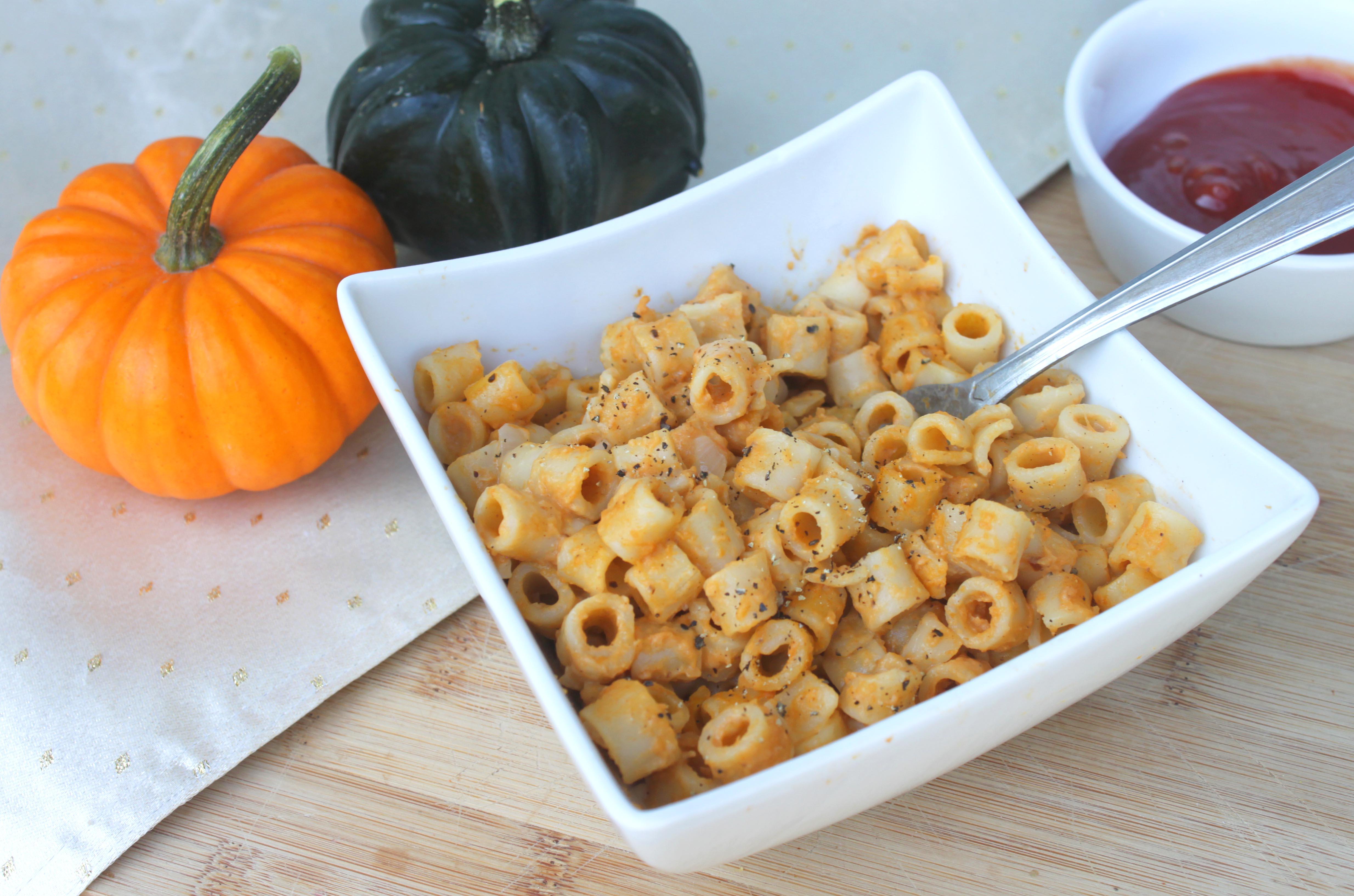 Healthy Pumpkin Mac 'N Cheese