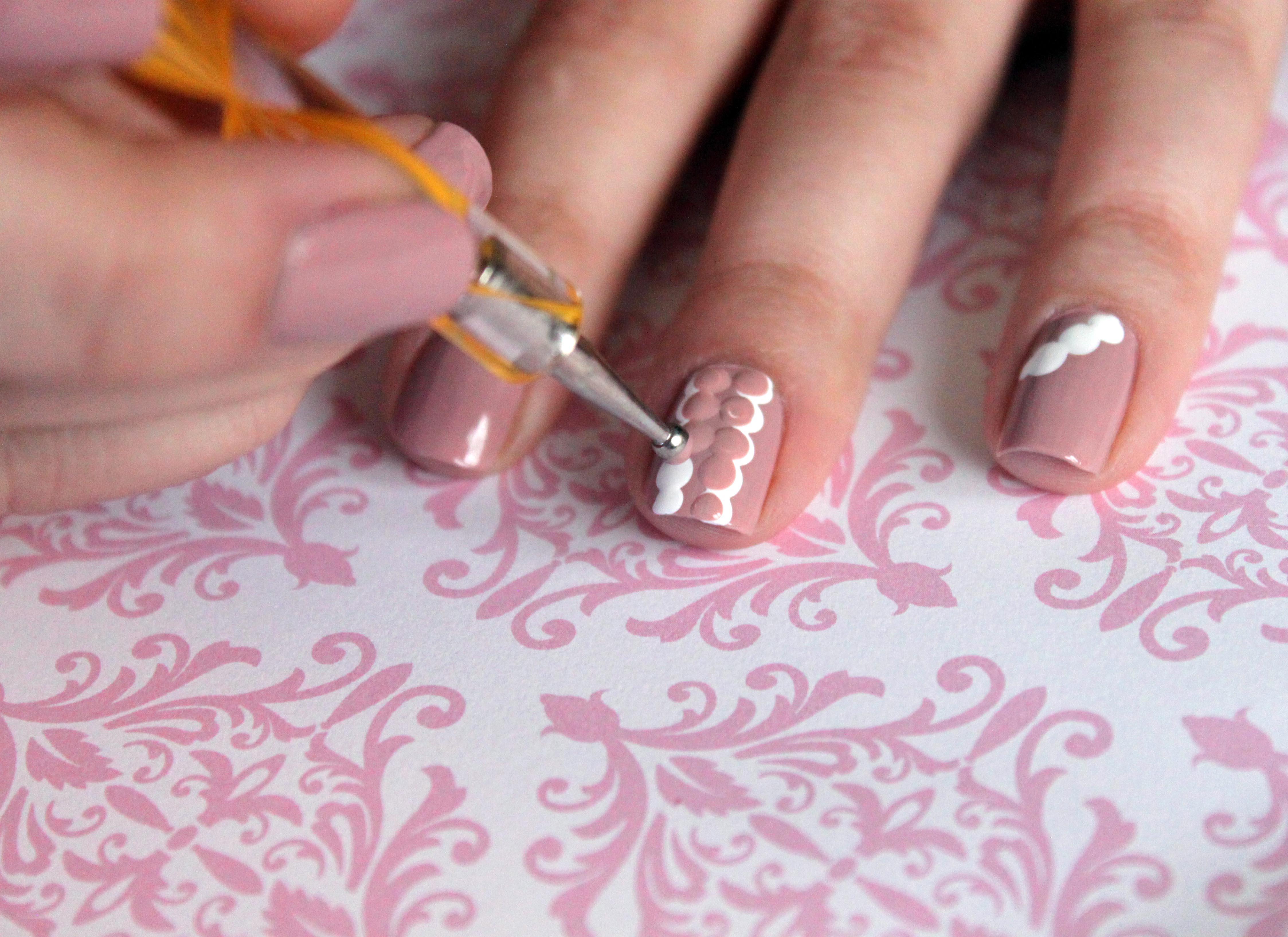 Delicate Lace Nails Manicure