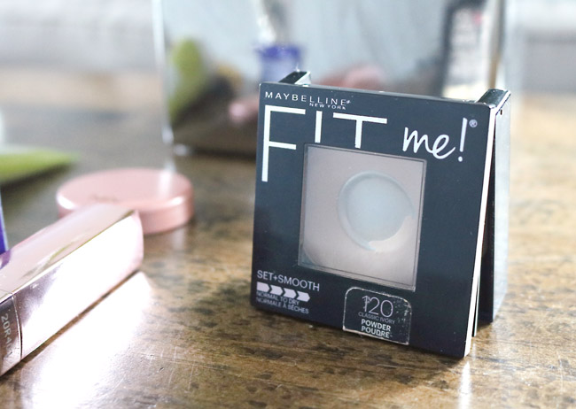Maybelline Fit Me Set + Smooth Powder Makes The Skin Look Flawless