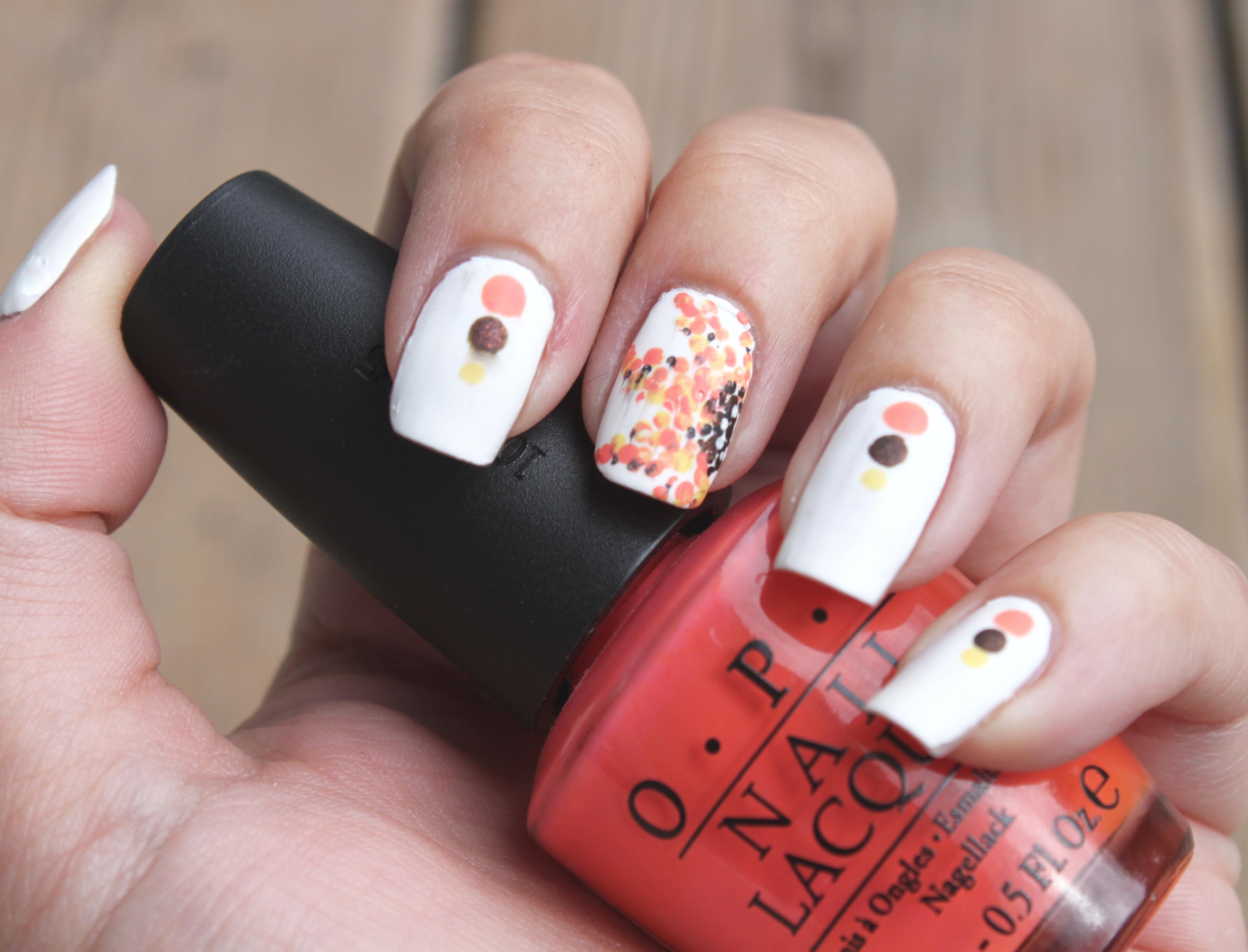 Dotted Sunflower Manicure